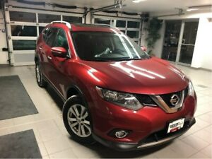 2015 Nissan Rogue SV AWD Family Tech Package - 7 PASSENGER