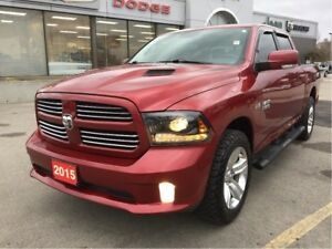 2015 Ram 1500 Sport Crew 4x4 V8 w/Leather, Remote Start, Sunroof