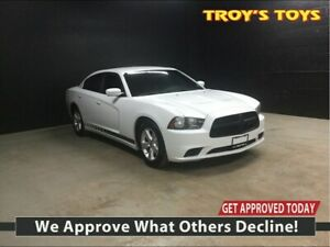 2014 Dodge Charger **Must See **