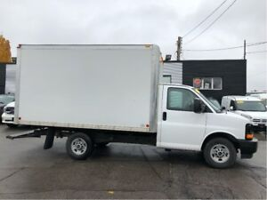 2017 GMC Savana 3500 Single rear wheel 12ft mini cube