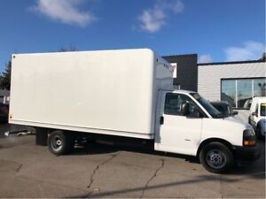 2018 GMC Savana 3500 16ft cube with ramp
