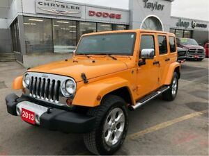 2013 Jeep WRANGLER UNLIMITED Sahara w/Leather, Navi, Dual Tops,