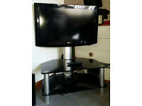 """32"""" LG TV and Stand (HD Ready)"""