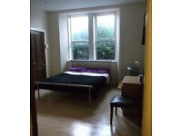 Short/Long Term Double room flat share, Ground floor tenement flat, In the East End of Glasgow.
