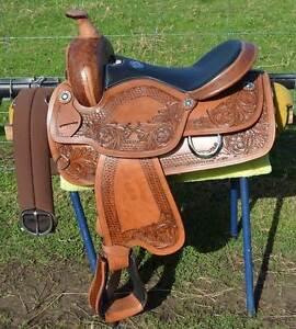 ***Western saddle + full set-up + free postage*** Bairnsdale East Gippsland Preview