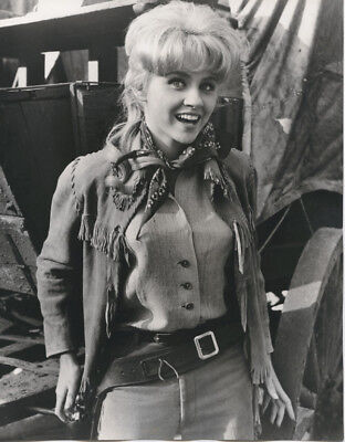 Melody Patterson Original Abc 8X10 Photo As Wrangler Jane F Troop Tv Series