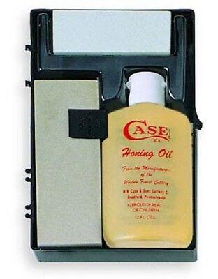 (CASE XX KNIVES SPORTSMAN KNIFE SHARPENER HONING OIL KIT AND CASE #924 USA MADE )