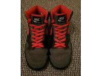 Size 9 - Nike Court Force High Top Trainers - Pick Up Only