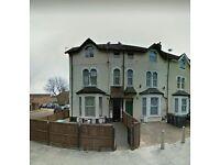 Studio / Seperate Kitchen / DSS Welcome + Gurantor / Must Be Seen / North London / Tottenham N17