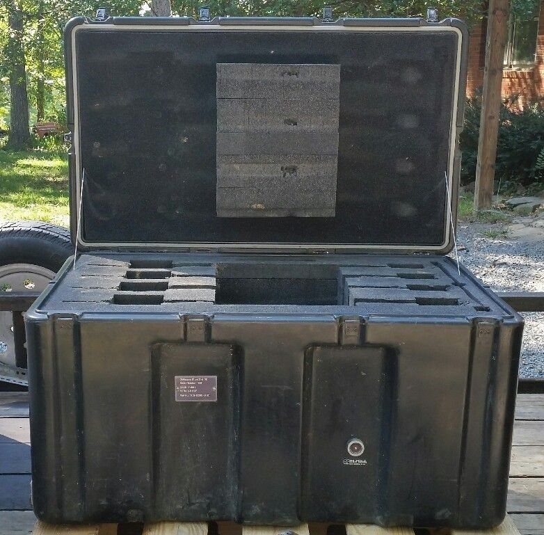 Hardigg 36 x 22 x 20 ID Hinged Lid Military Wheeled Case Pelican Shipping Trunk