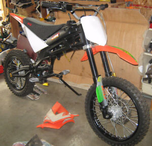 Gio x33 model rolling chassis / frame,  Dirt Bike