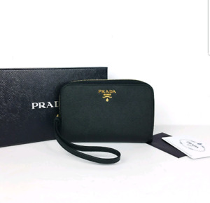Prada wallet/wristlet authentic