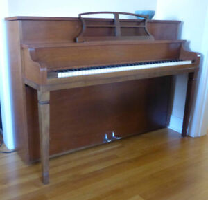 Newcombe apartment-size piano