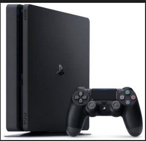 SELLING PS4 SLIM 500GB WITH GAMES