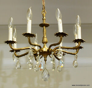 Antique Brass 8 Candles Chandelier