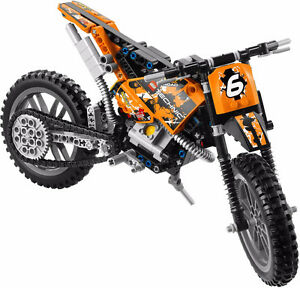 LEGO TECHNIC 42007 Moto Cross Bike - Assembled