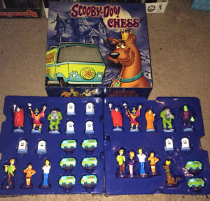 Scooby-Doo Chess Pieces Complete Set of 32 Pieces