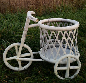 WHITE SHABBY CHIC FLOWER PLANTER BICYCLE