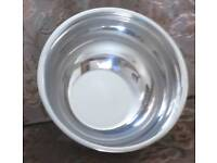"Brand new with tag - STAINLESS STEEL MIXING BOWL WITH RIM, 10"" x 6"" smoke/pet free home"
