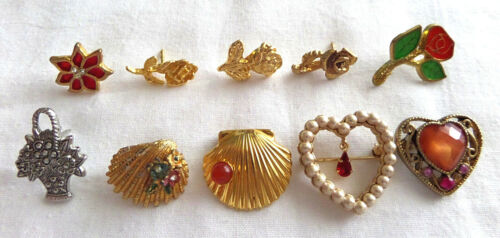 VTG Lot 10 Flowers Shells & Hearts Stick - Lapel Pins Brooches w Rhinestones