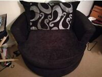 2 seater sofa and cuddle chair, excellent condition
