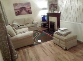 3bedroom house to let bangor no dhs 550 a mouth one mouths desport and one mouths rent up fort