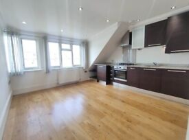Bright and light 2 bedroom flat on