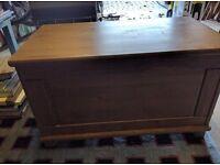 Wooden blanket/storage box. Good condition.