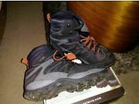 Scierra x force wading boots cleated/studded soles size 12/47 £125