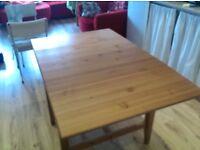 medium-size extendable table