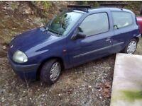 Renault Clio 1.2 grande spares or repairs