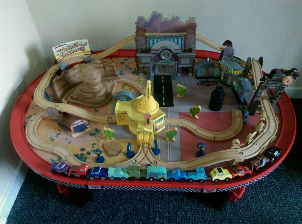 Fabulous Disney Cars Radiator Springs Kidkraft Play Table In Clydebank West Dunbartonshire Gumtree Download Free Architecture Designs Scobabritishbridgeorg
