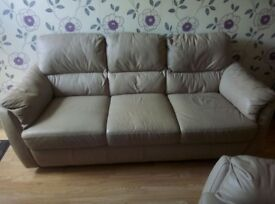 Leather sofas 2&3 seater reduced