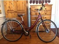 Ladies Revolution Heritage Deluxe bike. Beautiful bike. Rides well. Stylish and practical.