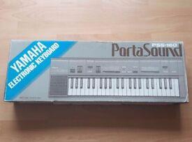 Yamaha PSS-160 Portasound Electronic Keyboard 1980's Portable 44 Keys Keyboard