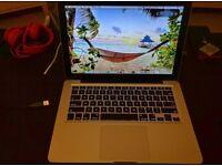 MacBook Pro 13.3 I5 , 6gb ram+ apple mouse