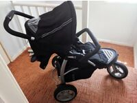 3 Wheeler Pram / Pushchair/ Stroller in Good Condition For Sale