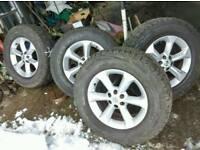 Nissan navara wheels snow Tyres