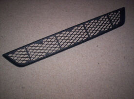 FORD FOCUS MK 1 FACELIFT ST170 LOWER GRILL