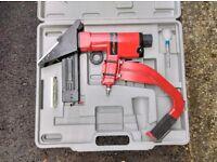 pneumatic air flooring staple gun