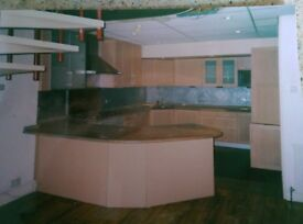Top of the range kitchen in good condition