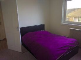 Clean Furnished 3 bedroom flat in Airdrie