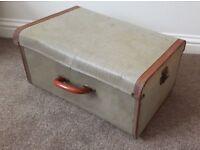 Antique Trunk Vintage Steamer Trunk / Suitcase