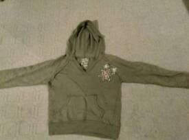 Woman's hoodie top