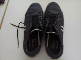 Fred Perry Size 10