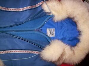 Beautiful Yukon Original Parka/Coat Moose Jaw Regina Area image 4