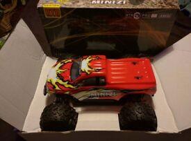 RC 4x4 Monster Truck - 1/18 - Ready To Run - BNIB -