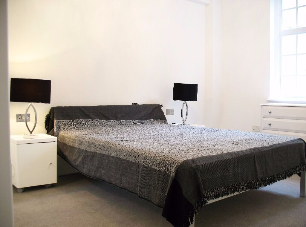 Refurbished one bedroom flat in heart of St. John's Wood - Mortimer Court, NW8