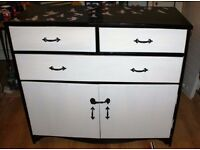 Beautiful chest of drawers in black and white - shabby chic