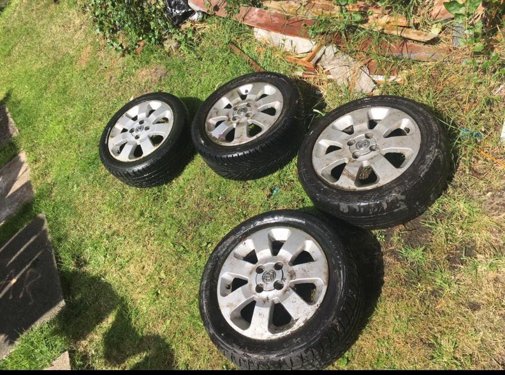 "Vauxhall Corsa ""C"" Sxi alloys and tyres"
